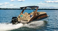 Bennington customers are offered an industry-leading bow-to-stern warranty in addition to our lifetime structural warranty, giving you and your family the protection and assurance you deserve. Luxury Pontoon Boats, Boat Brands, Boat Stuff, Sporty Look, Water Sports, 10 Years, Pontoons, Bow, Boating