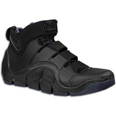 9052c6262cb3 FOR SALE Nike Air Zoom LeBron James IV 4 US Size 10.5 Black Mens Basketball  Shoes