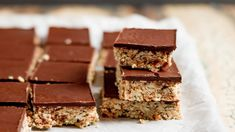 Mums nut, seed and chocolate slice Healthy Toddler Snacks, Healthy School Lunches, Toddler Food, Toddler Meals, Healthy Breakfast Recipes, Chocolate Slice, Chocolate Topping, Lunch Box Recipes, Baby Food Recipes