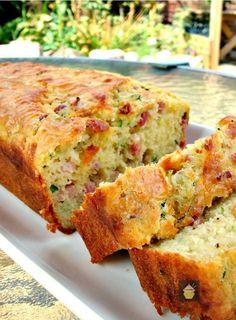 herzhafter Bacon-Käse-Kuchen -  Öl-Rührteig mit gebratenem Bacon, Käse (Cheddar)…