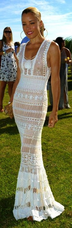 Lo♥e this crochet dress
