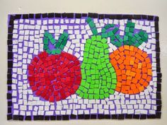 Entre as 27 ideias de artesanatos com sobras de EVA que vamos apresentar a seguir com certeza você vai encontrar uma ideia para chamar de sua e começar a fazer já. Se artesanato é o seu passatempo favorito você vai encontrar no EVA o seu material favorito, caso ainda não confeccione peças com ele. Você … Fun Crafts For Kids, Fall Crafts, Art For Kids, Paper Mosaic, Mosaic Art, Kindergarten Art, Preschool Art, Mosaics For Kids, Arte Elemental