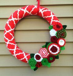 Christmas Wreath Modern Wreath Holiday Wreath by stringnthings