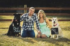 12 Save-the-Date Ideas with Pets http://mineforeverapp.com/blog/2014/02/18/12-save-the-date-ideas-with-pets/ #weddingideas #savethedate #pets