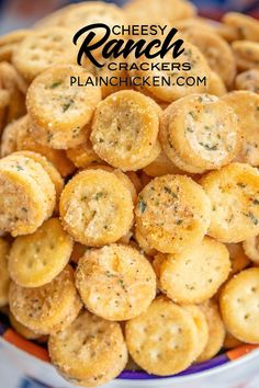 Cheesy Ranch Crackers ritz bits tossed in a quick ranch mixture SO good Great for parties and in soups and chilis We always have a bag in the pantry Ritz Bits Cheese San. Snacks Für Party, Easy Snacks, Yummy Snacks, Yummy Food, Savory Snacks, Snack Mix Recipes, Appetizer Recipes, Snack Mixes, Fun Recipes