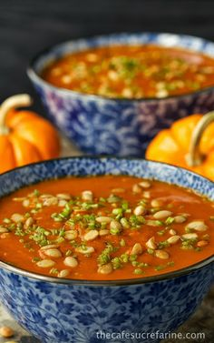 Southwestern Pumpkin & Roasted Red Pepper Soup