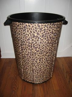 STYLISH LEOPARD TRASH CAN FOR THE GARAGE