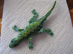 Grüne Reptil von ontheroadcreations auf Etsy, $45.00