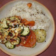 Fotografie receptu: Zapečená cuketa s rajčaty a sýrem Grains, Rice, Eggs, Meat, Chicken, Breakfast, Morning Coffee, Egg, Seeds