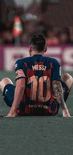 The struggle is what builds you. Messi And Ronaldo, Messi 10, Neymar Football, Fc Barcelona, Bmx, Soccer, Club, Clever, Blessed