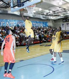 COME & C THE PROS PLAY 4 FREE! NYC Nike Pro-City Basketball @ Baruch College: Game starts @ 6:30pm on 7/2/2013 - PDG Queens Bridge VS TNP followed by Prime Time VS Dyckman! DON'T B LATE MY FRENZZ!!