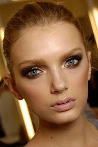 Makeup -- love the shimmer at the inner corners of the eye