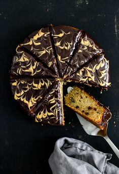 Rezept für Bananenkuchen mit Schokoladen Erdnussbutter Ganache - banana cake with chocolate peanut butter ganache