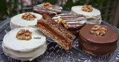 Los alfajores de chocolate blanco con nuez, son uno de mis preferidos. Esta receta la hice basándome en mi receta anterior de alfajores tipo Havanna, los mismos que ves en todos lados, y hasta en libros y revistas, que me han copiado la receta