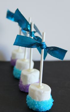 Fun food ideas for a FROZEN movie inspired party. Sip on FROZEN hot chocolate and snack on some Snowflake marshmallow …