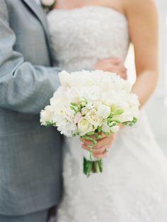 simple white bouquet   Landon Jacob #wedding