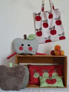 Pomme de reinette et pomme d'api |   Des pommes ! Comme s'il en tombait d'un pommier !  Pour la petite pomme de la maisonnée, d...