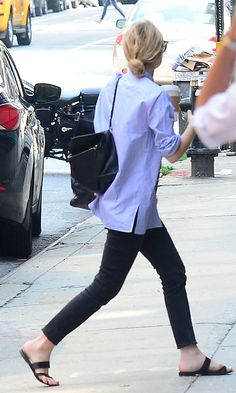 Ashley Olsen goes low-key casual in NYC. #style #fashion #olsentwins