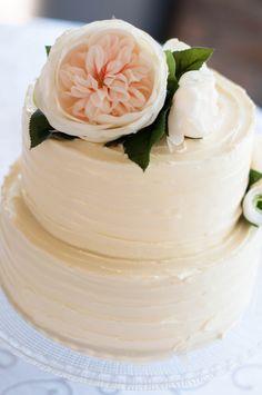 Shabby Chic Wedding Cake-simple elegant-a.e.