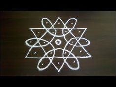 Simple and Small Rangoli Designs with 5 to 3 Dots. SS Rangoli - Video No 205 Simple Rangoli Designs Images, Rangoli Designs Latest, Rangoli Designs Flower, Rangoli Border Designs, Rangoli Patterns, Rangoli Ideas, Rangoli Designs With Dots, Rangoli Designs Diwali, Kolam Rangoli