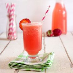 Strawberry Watermelon Cocktail by She Knows. Nothing screams summer like strawberries and watermelon. Mix the two together, and you have summer in a glass. Spike this strawberry watermelon cocktail with rum or enjoy it virgin with the kids. Refreshing Summer Cocktails, Summer Drinks, Cocktail Drinks, Fun Drinks, Cocktail Recipes, Alcoholic Drinks, Drink Recipes, Beverages, Cocktail Parties