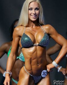 BLONDE, BUSTY, RIPPED FIGURE COMPETITOR & sexy #Fitness model : Health, Exercise & #Fitspiration - the best #Inspirational & #Motivational Pins by: http://cagecult.com/mma