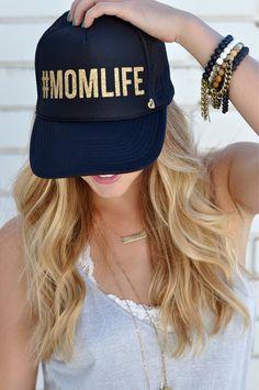 MOMLIFE by Mother Trucker. Gorra PersonalizadasAccesoriosGorras ... 7a94bf93145