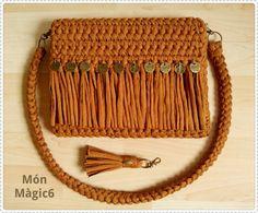 Classy and formal crochet clutch 🥰♥️ Dm for order 💃💃 Crochet Clutch, Crochet Handbags, Crochet Purses, Cute Crochet, Crochet Baby, Knit Crochet, Yarn Bag, Bag Pattern Free, Fabric Yarn