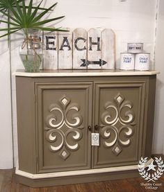 Console cabinet in Coco and Old White......I love Annie sloan