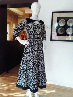 Black printed Churidar Designs, Kurti Neck Designs, Blouse Designs, Stylish Dresses, Elegant Dresses, Casual Dresses, Indian Dresses, Indian Outfits, Salwar Dress