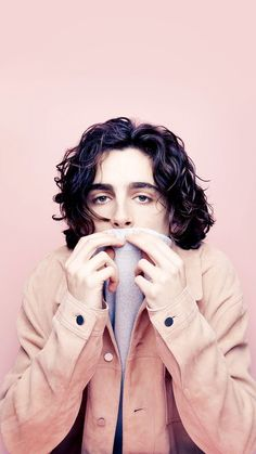 Timothee chalamet armie hammer call me by your name shortlist pink aesthetic peach bicycle music fashion oscars best actor pastel boys in pink elio oliver Beautiful Boys, Pretty Boys, Beautiful People, Lucky Blue Smith, Male Curly Hair, All The Bright Places, Timmy T, Chef D Oeuvre, Celebs