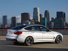 Güçlü ve dinamik özellikleriyle beklentilerinizden fazlasını bulacaksınız: BMW 3 Serisi Gran Turismo.