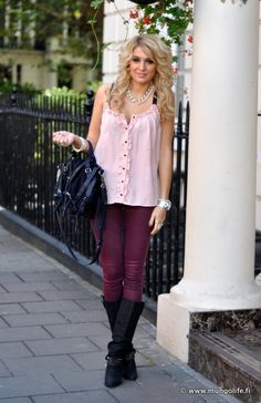 This Fin girls' blog is amazing, I wish I had her style (and money?!)