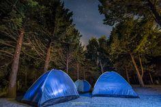 Notte in tenda by Alessandro Ferrantelli on 500px