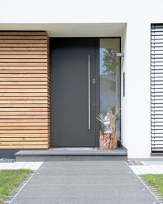 25 modern front door with wood accents - decoration on the front door .- 25 moderne Haustür mit Holzakzenten – Deko Vor Der Haustür Ideen 25 modern front door with wood accents / door - Modern Entrance Door, Modern Front Door, Front Door Entrance, Front Door Colors, House Entrance, Front Entry, Entry Doors, Modern Exterior Doors, Entrance Ideas