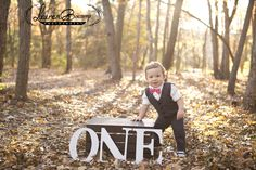 One year old rustic outdoor photoshoot.  Great spot for a little boy. | Lauren Biscamp Photography