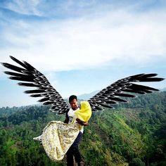 men are the guardian for its women.. .. .. ..  @darushadi  Puncak Bidadari Gubugklakah .. .. #exploremalang #cobanbidadari #puncakbidadari #jelajahmalang #lingkarmalang #malangkipa #malangalam #bromokita  #lfl  #malanghits  #yoikimalang Hanging Gardens Bali, Angel Wings Art, Dome Greenhouse, Farm Stay, Driftwood Crafts, Yogyakarta, Art Object, Beach Club, How To Take Photos