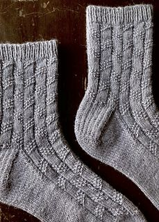Ravelry: Edward socks pattern by Ambrose Smith Knitted Socks Free Pattern, Knitting Socks, Knitting Patterns Free, Free Knitting, Crochet Patterns, Knitting Ideas, Drops Design, Small Knitting Projects, Wool Socks