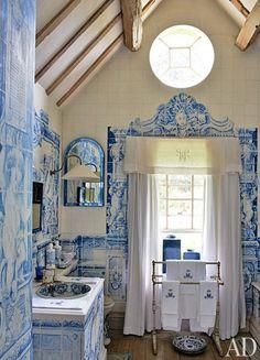 Anouska Hempel's English country house -