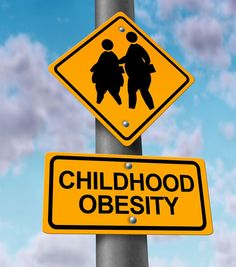 Childhood obesity concept with a traffic road sign showing an icon of overweight kids and young students as a warning to the hazards of eating junk food and fatty fast food. Healthy Kids, Healthy Weight, Healthy Living, Healthy Fruits, Healthy Salads, Eating Healthy, Junk Food, Health And Wellness, Health Fitness