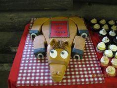 horse cake @Karyn Holinaty Holinaty Nguyen Bee