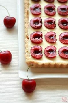 Coconut, Cream, Summer Oliver - This looks delicious. You should make it for us on my next free day. :) Cherry and Coconut Cream Tart Oliver - This looks delicious. You should make it for us on my next free day. :) Cherry and Coconut Cream Tart Tart Recipes, Sweet Recipes, Dessert Recipes, Cherry Recipes, Coconut Recipes, Yummy Recipes, Vegan Recipes, Coconut Tart, Coconut Cream