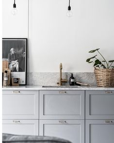 This kitchen has nailed the perfect shade of grey.