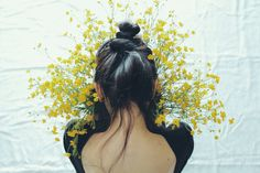 bonjour-ka:  In my hands I hold a strand of sun by Anna O. Photography on Flickr.