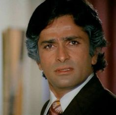 Shashi Kapoor, the most beautiful & handsomest & the most iconic actor ever graced the screens of Bollywood :)