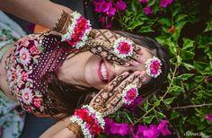 Henna Images, Mehndi Design Images, Bridal Mehndi Designs, Beginner Henna Designs, Henna Designs Easy, Henna Tattoo Designs, Indian Wedding Photography Poses, Mehendi Photography, Wedding Poses