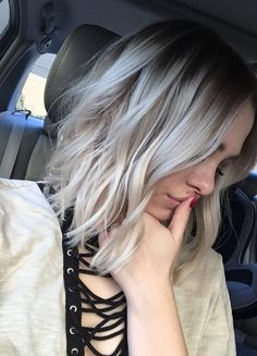 Blonde bob highlights platinum balayage