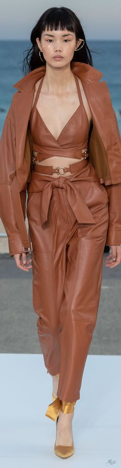 Resort 2020 Jonathan Simkhai – Outfit Inspiration & Ideas for All Occasions Fashion 2020, Runway Fashion, Spring Fashion, Fashion Brands, High Fashion, Fashion Outfits, Womens Fashion, Black Supermodels, Neutral Outfit