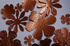 15 Die Cut and Embossed Copper Foil Flowers Tim Holtz by monbonbon, $3.00 Metal Crafts, Tim Holtz, Emboss, Gingerbread Cookies, Cricut, Copper, Handmade Gifts, Flowers, Cards