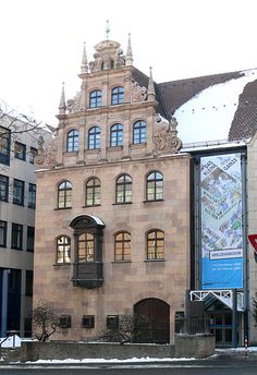 nürnberg Spielzeugmuseum Cities In Germany, Museum, Old City, Beautiful Places, Europe, Mansions, House Styles, Building, Travel